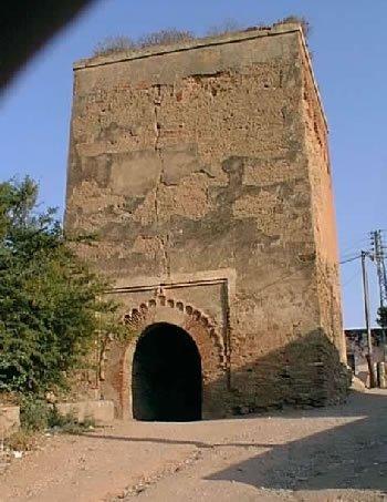 Sauvons t'nes El Hadhar ( Vieux Tenes) dans Humeur ! Bab-el-Bhar
